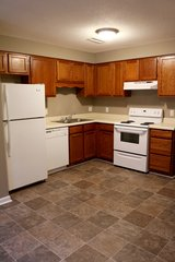FIRST MONTH FREE!! 2 Bed 1.5 Bath Townhouse! in Fort Campbell, Kentucky
