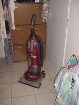 Hoover Bagless Vacuum in Alamogordo, New Mexico