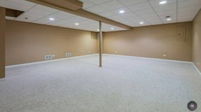 FURNISHED BASEMENT FOR LEASE in Glendale Heights, Illinois