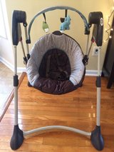 Graco Baby Swing - Great Condition! in Camp Lejeune, North Carolina