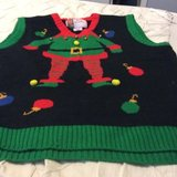 XL ugly Xmas vest in Chicago, Illinois