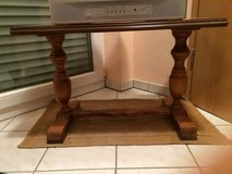 Side table in bookoo, US