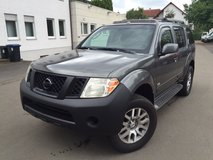 2008 Nissan Pathfinder SE in Vicenza, Italy