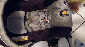 Chicco Keyfit30 carseat with base (expire 2017) and stroller (purple) in Ramstein, Germany