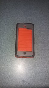 I phone waterproof otter box in Camp Lejeune, North Carolina