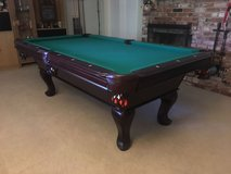 Pool table & sticks in Vacaville, California