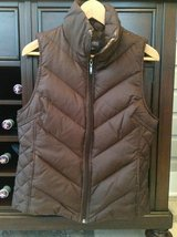 Women's Kenneth Cole Reaction Down Vest - Brown Size M (6-8) in Bolingbrook, Illinois