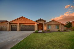 For Sale Beautiful Home with Pool & Open-Floor Plan in Yuma, Arizona