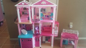 Barbie dream house in Barstow, California