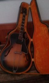 1955 Gibson  in great condition , in original case in Alamogordo, New Mexico