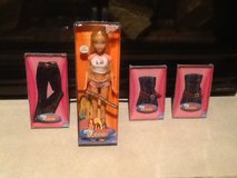 My design scene social butterfly Barbie  + accessories, in original boxes. in Shorewood, Illinois