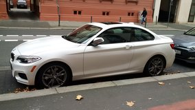 2014 BMW M235i Manual Transmission / Less than 18,500 Miles in Wiesbaden, GE