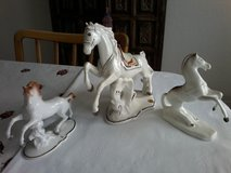 Collectibles Horse Figurines ( Curtea de Arges ) (size big H23/B24 - small H15... in Stuttgart, GE