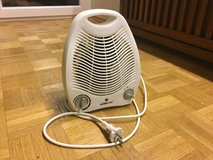 220v space heater in Ramstein, Germany