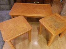 Coffee table with two ends tables in Chicago, Illinois