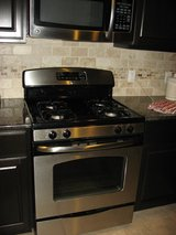 GE Stainless Gas Stove in Houston, Texas