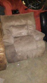 big recliner in Fort Rucker, Alabama