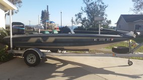 1995 180T Nitro Bass boat in Camp Pendleton, California