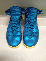 Nike men's size 15 in Bolingbrook, Illinois