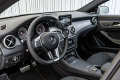 SINGLE OWNER Fully loaded 2014 Mercedes CLA250 in Glendale Heights, Illinois