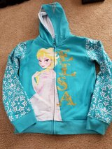 Elsa sweater new no tags in Lockport, Illinois