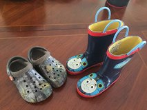 SIZE 8 TODDLER THOMAS AND CROCS in Batavia, Illinois