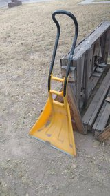 Snow shovel in Alamogordo, New Mexico