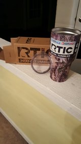 RTIC 30 Ounce Camo Pattern NIB **Blow Out Pricing** in Warner Robins, Georgia