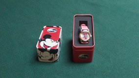 New Minnie Mouse watch in Baytown, Texas