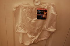 Vassarette 7 large. Undershapers Brief Brand new with tags. panty underware in Bolingbrook, Illinois
