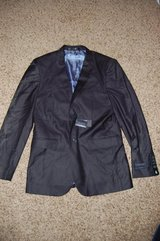 Mens suit Jacket and pants Size 38R/32W Slim fit. Braverman brand Super sleek Nice in Bolingbrook, Illinois