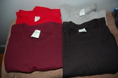 Size 2XL Mens t shirts T shirts Brand new 4 here Black grey Red Maroon in Bolingbrook, Illinois