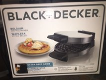 Black and decker waffle iron in Columbus, Georgia