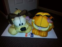 "Garfield & Odie Cuddle ""FABRIC"" Pillows by Play-by-Play  NWT! in Bartlett, Illinois"