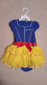 Snow White 18 month princess dress costume in Bartlett, Illinois