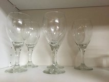 Wine glasses - set of 4 in 29 Palms, California
