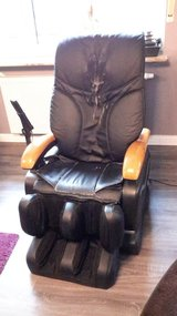 Massage Chair 220V in Ramstein, Germany