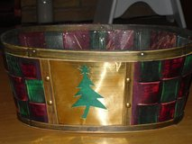 Xmas basket 11.5 x 8 x 5H in Naperville, Illinois