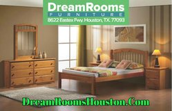 Solid Wood Full Size Platform Bed in Pasadena, Texas