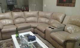 Sectional sofa. in Biloxi, Mississippi