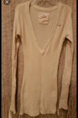 Hollister Long Sweater - Sm in Baytown, Texas