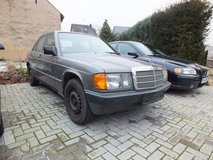 Mercedes 190E 2.0i only 100 kmls from 1988! in Spangdahlem, Germany