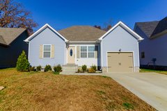644 Fox Hound Drive in Fort Campbell, Kentucky