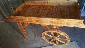 Wooden Cart - Price Reduced! in Fort Leonard Wood, Missouri