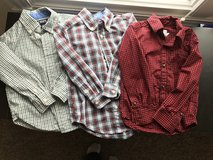 Boys button down shirts 3T in Bolingbrook, Illinois