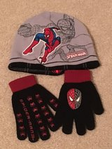 Spider-Man hat (reversible) and glove set in Lockport, Illinois