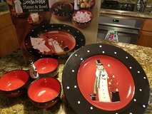 Christmas platter and bowl set in Camp Pendleton, California