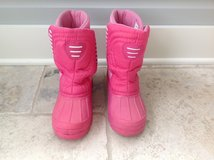 Girls Pink C9 Brand Snow Boots Size 3 in Glendale Heights, Illinois