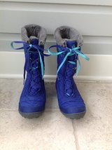 Girls Columbia Lace Up Snow Boots Size 5 in Glendale Heights, Illinois