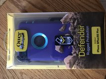 6plus iPhone Otterbox Defender Case in Belleville, Illinois